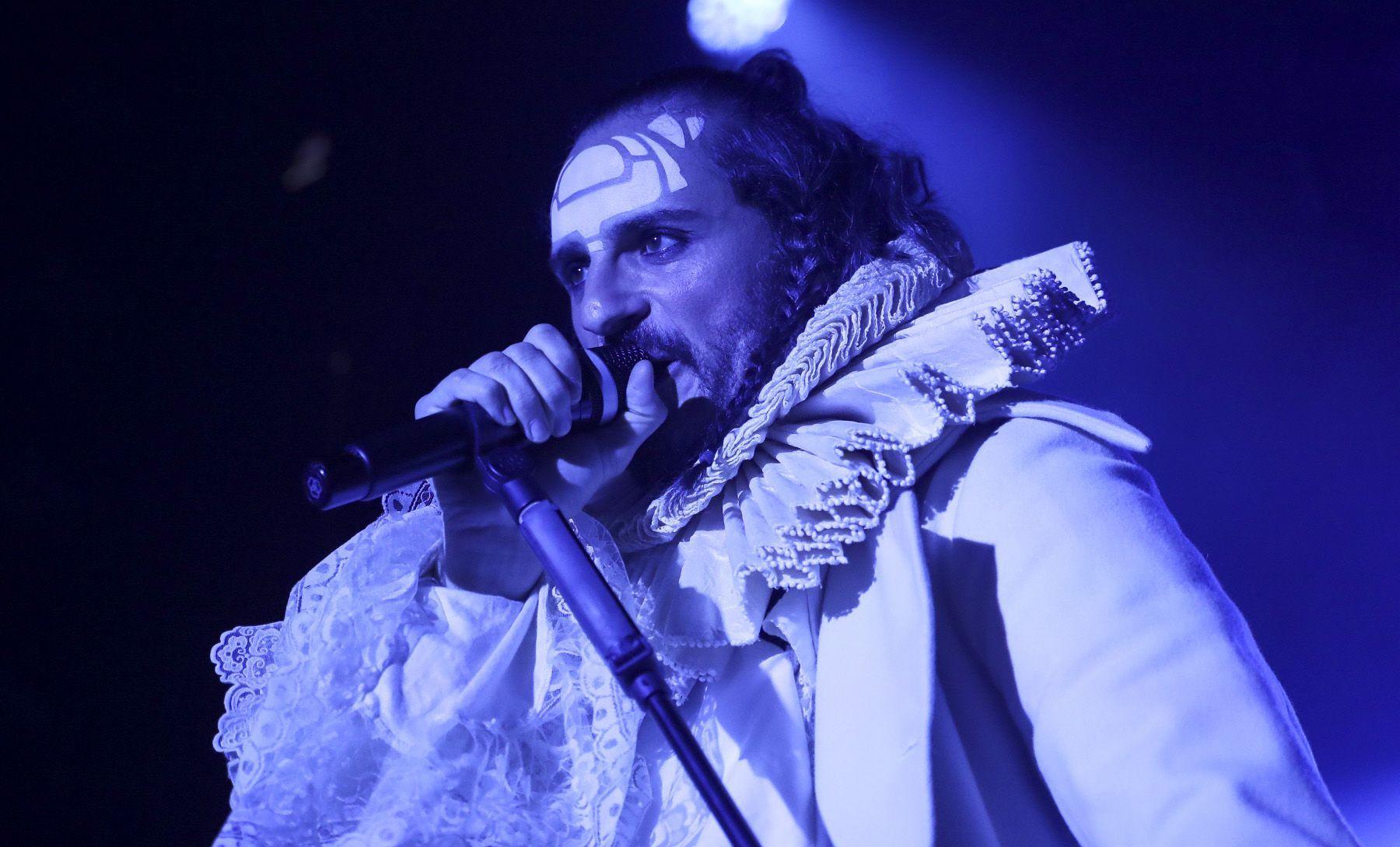 ASIER ETXEANDÍA actuará con su grupo MASTODONTE en la clausura del 22 Festival de Málaga